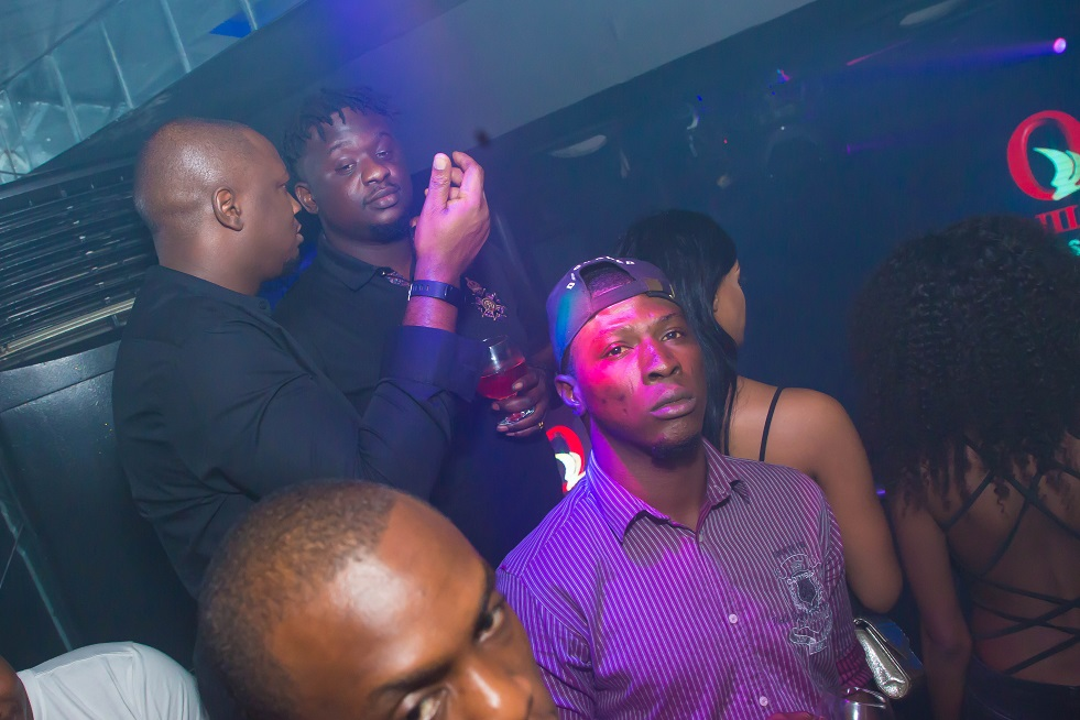 Wande Coal Chills Out At Quilox Nightclub